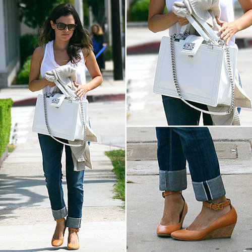 Rachel-Bilson-Reminds-Us-Why-We-Love-Our-White-Tees-Jeans