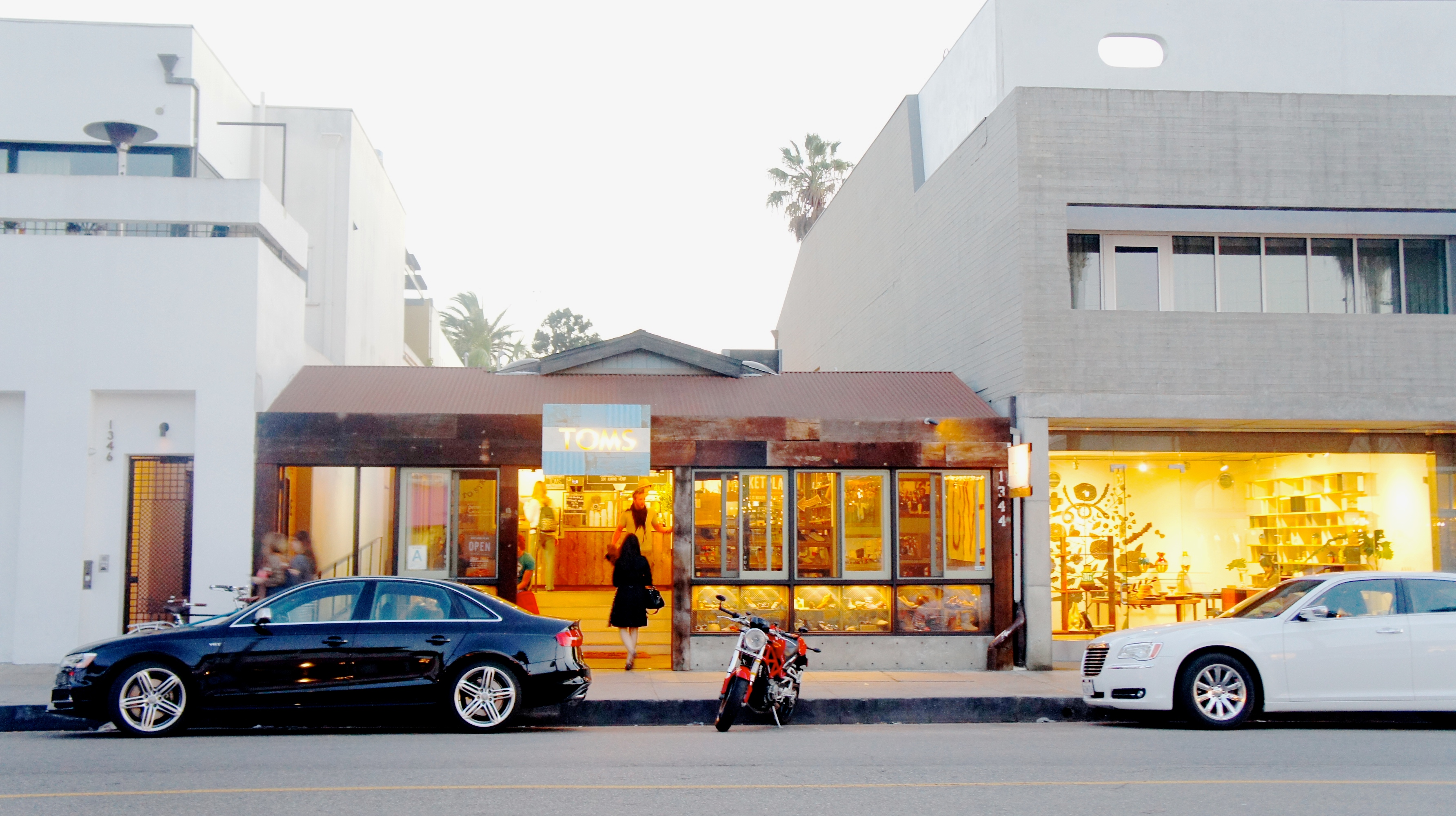 Toms Flagship on Abbot Kinney